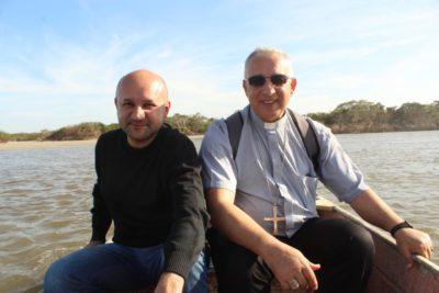 Visita Missionária de Dom Manoel na comunidade caiçara