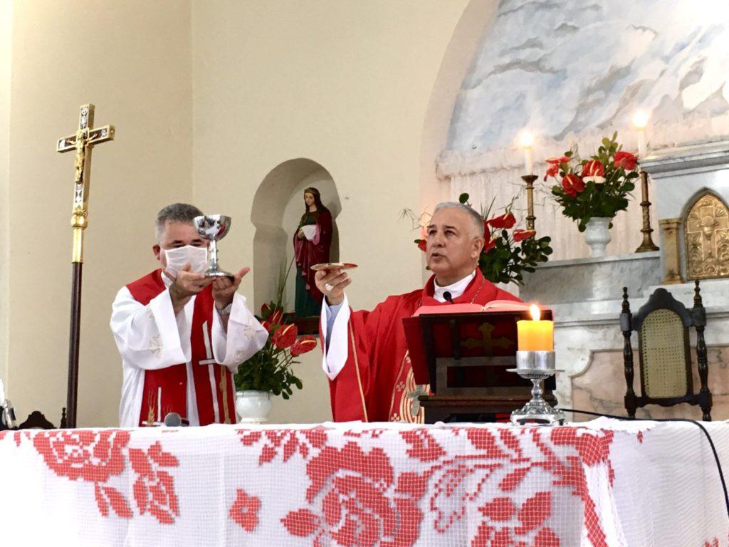 Com a presença de Dom Manoel, Pariquera-Açu celebra seu Padroeiro